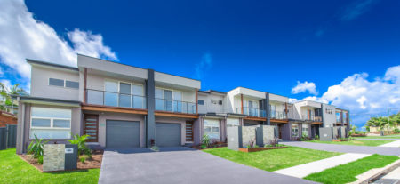 Escape at Nobbys Executive Townhouse 5, 74 Pacific Drive,